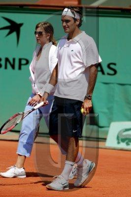 Mirka entrenando con Roger 42