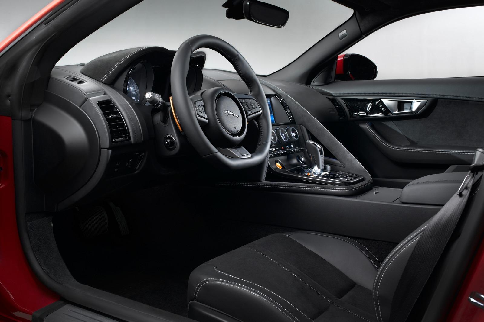2012 - [Jaguar] F-Type - Page 12 New-Jaguar-F-Type-Coupe-66%25255B2%25255D