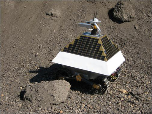 Rover lunaire de Carnegie Mellon. Astrobotic%20-%20Redrover%20at%20Slag%20test%20site