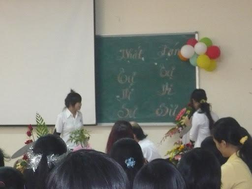 kỉ niệm ngày hiến chương nhà giáo 2009 P1050117