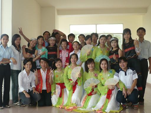 kỉ niệm ngày hiến chương nhà giáo 2009 P1050108