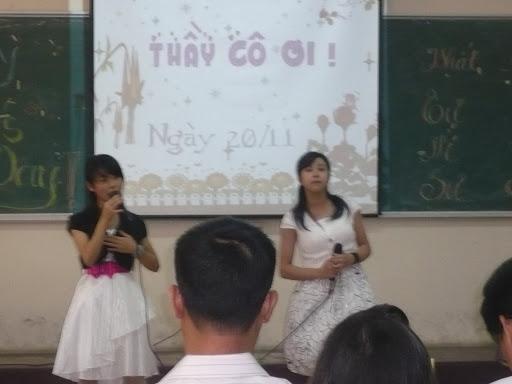 kỉ niệm ngày hiến chương nhà giáo 2009 P1050114