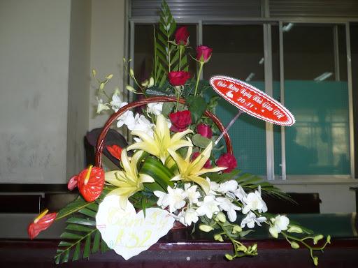 kỉ niệm ngày hiến chương nhà giáo 2009 P1050078