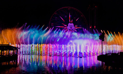 [Disney California Adventure] Le show nocturne World of Color (11 juin 2010) - Page 6 World_Of_Color_Disney_California_Adventure44