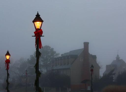 Fenjeri i lampe Foggy_Yorktown