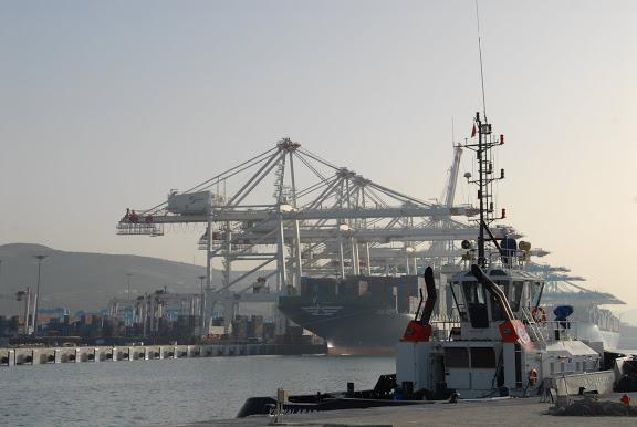 Tanger - Futur grand port de l'Afrique - Page 4 DSC_0077