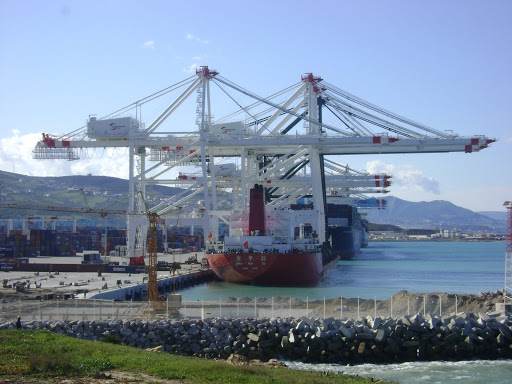 Tanger - Futur grand port de l'Afrique - Page 5 DSC00651