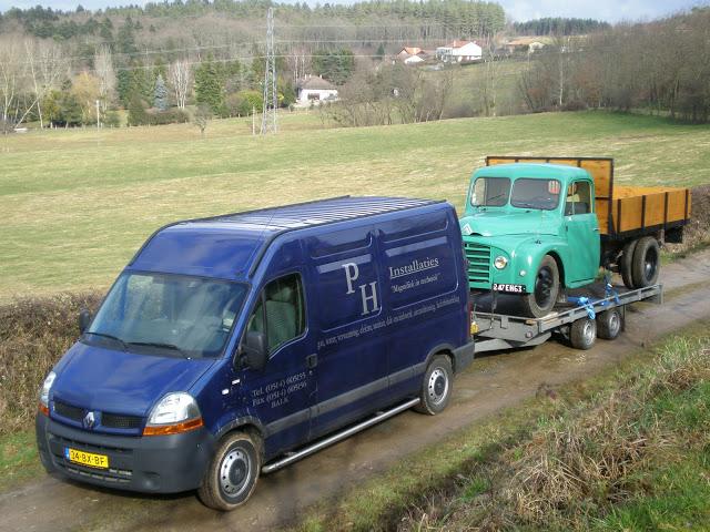 Transport d'un U23 sur remorque plateau P2020080