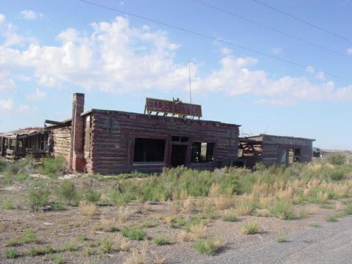 Cityskapes, Barns & Abandoned Places 0582_091309d09_AZjcity_EllaFrontier