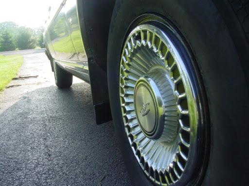 Clean Caprice Classic 1979Caprice_clean_capview