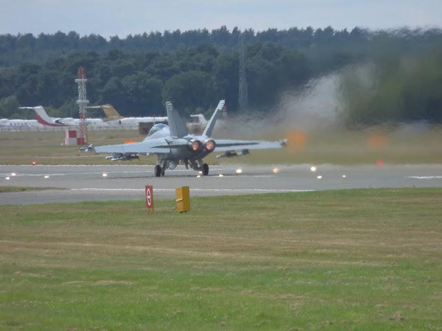 Farnborough International Airshow 2010 P1050003