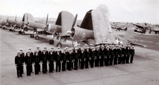 """Nome que carrega muita história, """"Jolly Roger"""" ... Vf-17"""