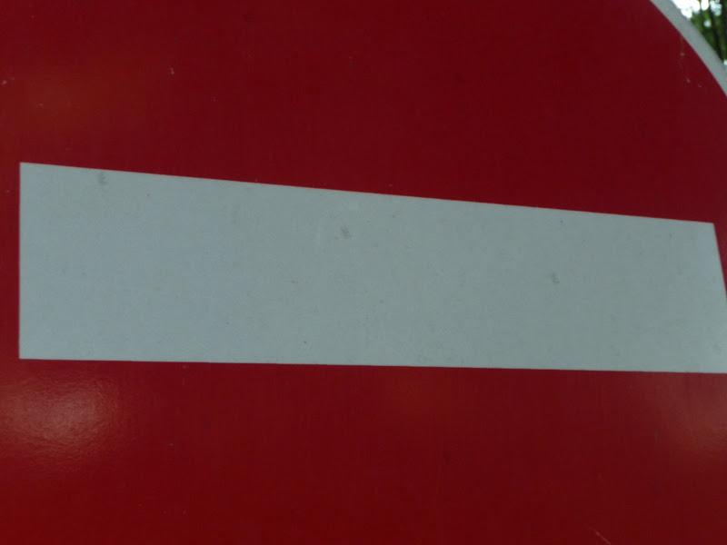 Rails dans le paysage... 2009_06_23__24_Monorail_interdit_P1040958