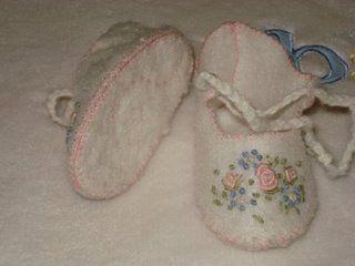 خياطة احذية للاطفال رائعة جدا Sapatinhos%205