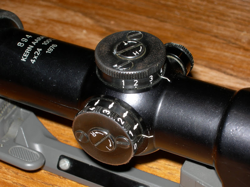 quelqu un sait ou trouver une lunette Kern SVP ? DSCN2003