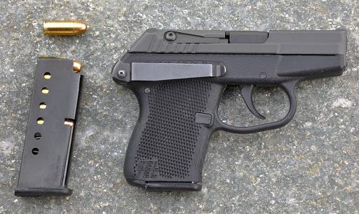 Le pistolet ou revolver de sac à main idéal - Page 3 S1024DSC_0282