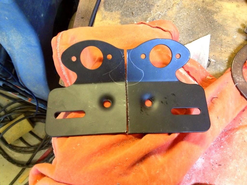 Custom fiberglass rear fender for M800 IMAGE_96