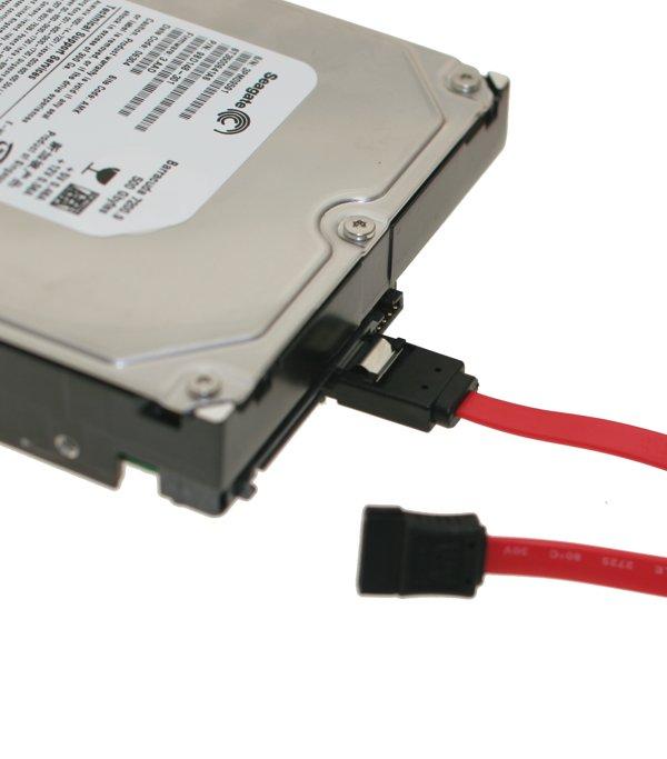 صريا مجوعة تعريفات الساتا لمعظم اجهزة العالم بحجم 30 ميجا All sata drivers 2010 Ultraflex-sata-cable-1