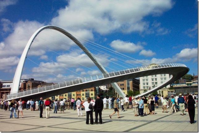 Самые большие и красивые мосты мира MillenniumBridgeEngland_5