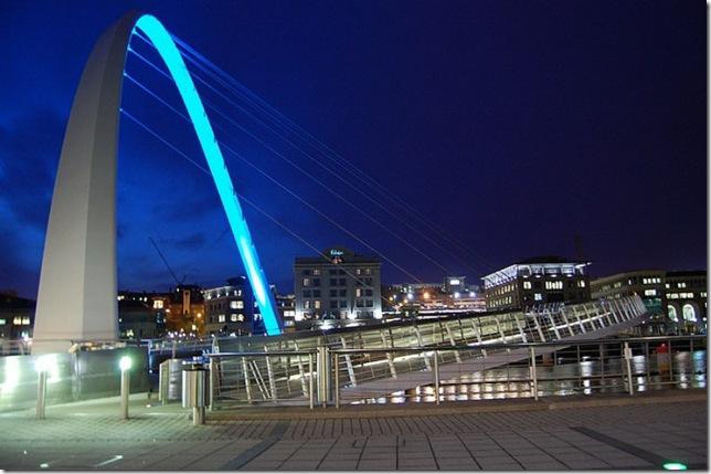 Самые большие и красивые мосты мира MillenniumNight_3