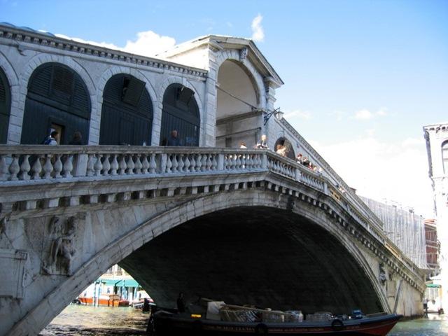 Самые большие и красивые мосты мира PontediRialtoVenice_3