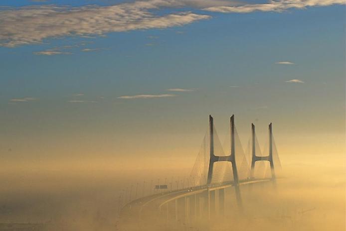 Самые большие и красивые мосты мира VascodaGamaBridgeLisbon