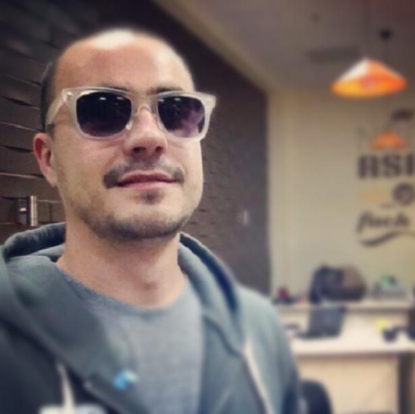 5 правил #самофото в Instagram Screen-Shot-2013-02-04-at-12.45.13-PM1-605x604