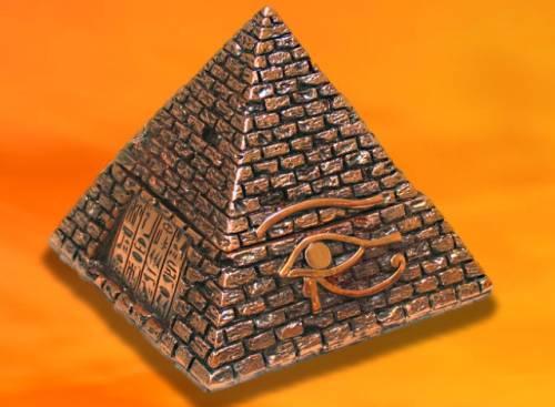 Пирамида. Пирамиды в магии. Магические и лечебные свойства пирамид. Тайна пирамид. Все о пирамидах. Тату пирамида.  S6070335