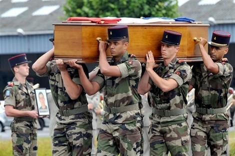La liste des 54 soldats français tombés en Afghanistan. 225605797