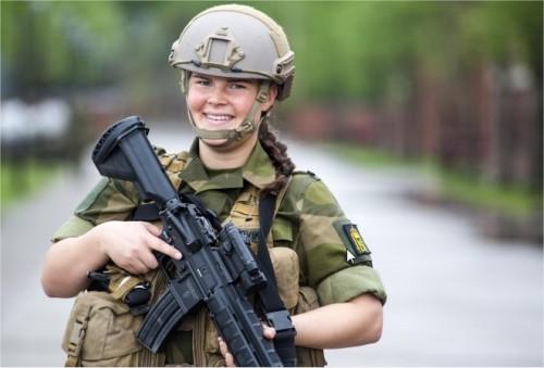 Armée norvegienne/Norwegian Armed Forces - Page 6 2800365375