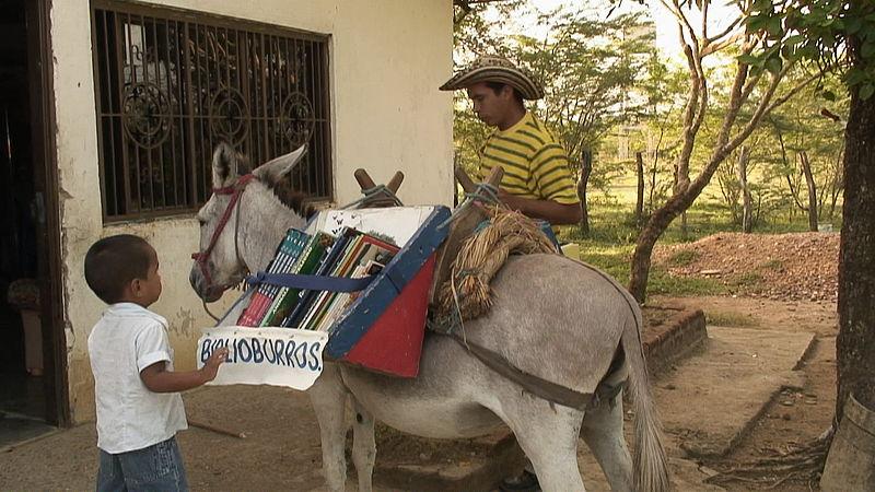 Najčudnije knjižnice na svijetu - Page 2 800px-biblioburro