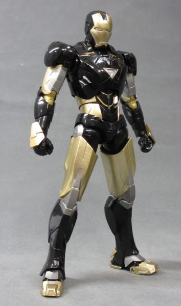 Iron Man (S.H.Figuarts) - Page 2 87c00be0