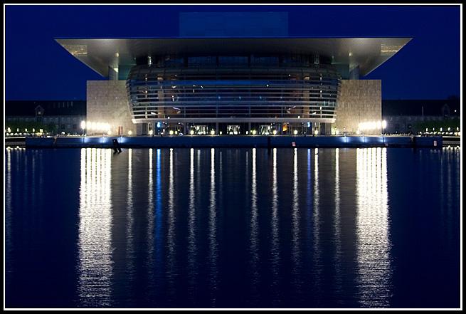 NOROVISIöN IV: Makalandia [Reyno de Omphalo] Opera