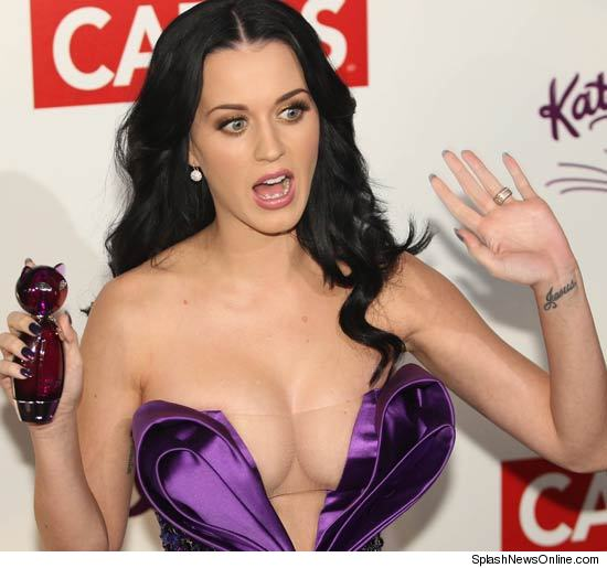 Isn't this disturbing? 0207-katy-perry-splash-credit
