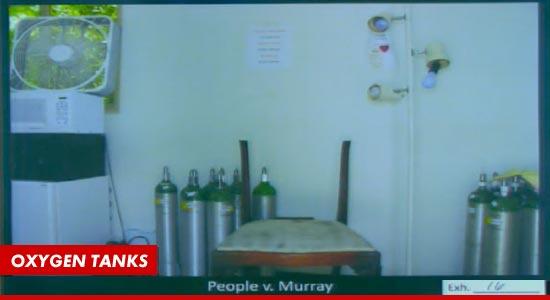 People VS Conrad Murray (definitivo): news e aggiornamenti 0928-conrad-murray-oxygen