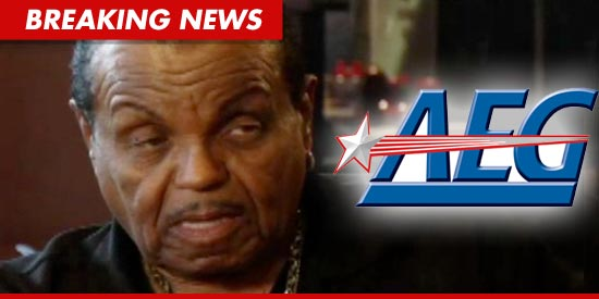 [CAUSA RESPINTA] Joe Jackson denuncia Murray e l'AEG - Pagina 2 0221-joe-jackson-aeg-tmz-bn