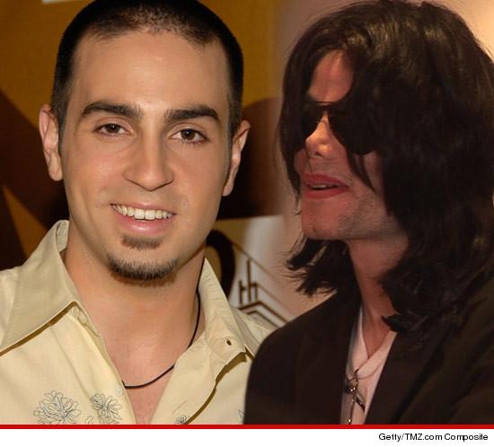 [ACCUSE RIGETTATE] Il coreografo Wade Robson accusa MJ di molestie  - Pagina 15 0507-wade-robson-michael-jackson-3