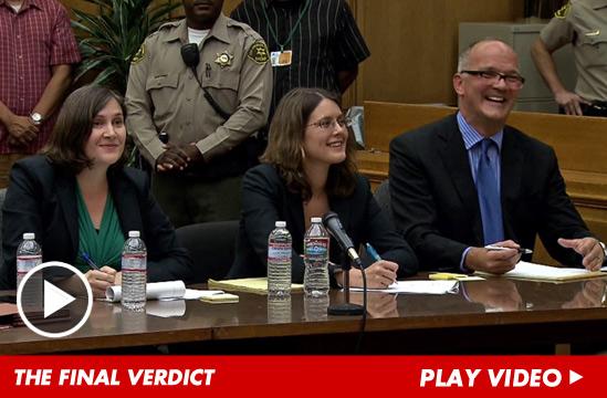 [NEWS] Processo: Jackson VS Aeg Live - Pagina 19 100213-jackson-verdict-launch-1
