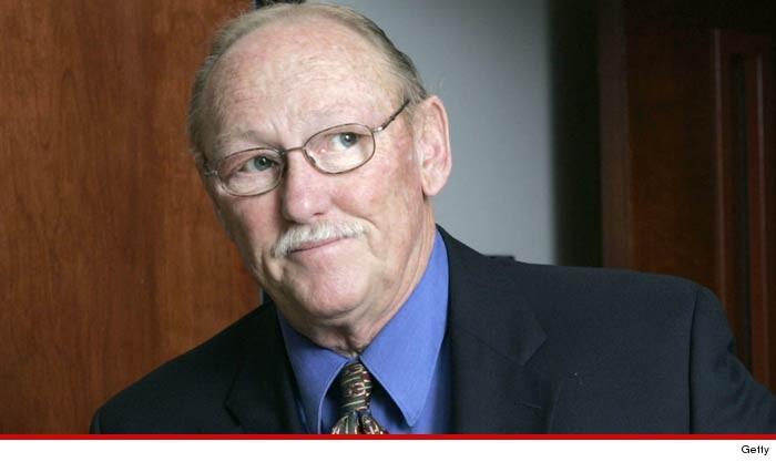 Il procuratore Tom Sneddon è morto 1102-tom-sneddon-getty-7