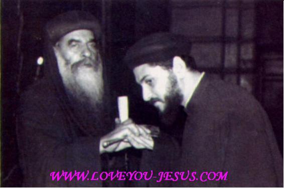 أبونا يوسف أسعد(صوره , سيرته , صلاة الإجبية بصوته , قداساته  A90df23f45