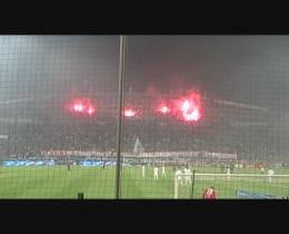 [Vidéos] Revivre l'ambiance du Stade Vélodrome - Page 2 0809ompsg01