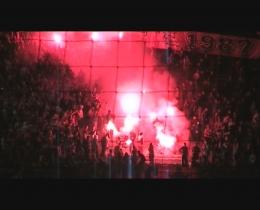 [Vidéos] Revivre l'ambiance du Stade Vélodrome - Page 2 Omstrasbourg04
