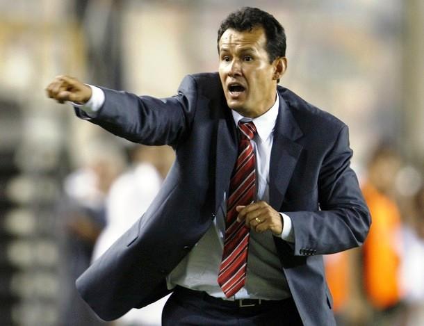 Deja tu Plantel de la Selección Peruana Juan-reynoso