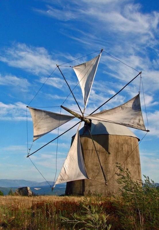 Moulins à vent, moulins à eau  - Page 5 5d7e108b