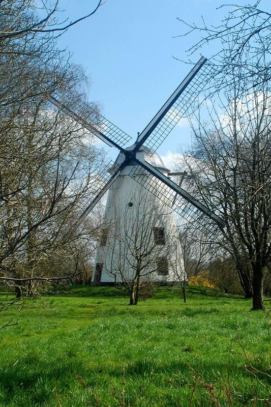 Moulins à vent, moulins à eau  - Page 5 C14dcc19