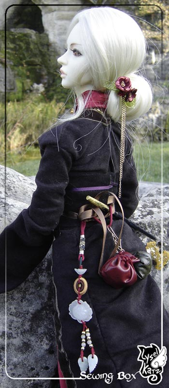 Lysel Katz sewing box > manteau acidulé & flashy p8 - Page 2 LyselSb_camelia-RobeSorcier08s