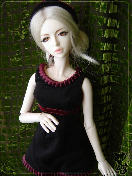 Lysel Katz sewing box > manteau acidulé & flashy p8 - Page 2 LyselSb_camelia-maidendress05s