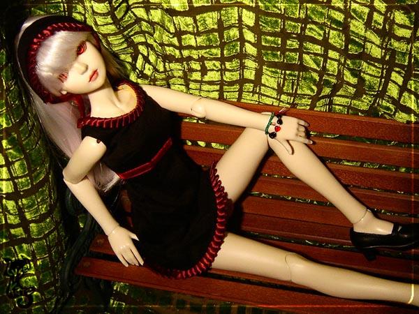 Lysel Katz sewing box > manteau acidulé & flashy p8 - Page 3 LyselSb_camelia-maidendress07s