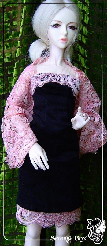 Lysel Katz sewing box > manteau acidulé & flashy p8 - Page 2 LyselSb_camelia-pinklacedress04s