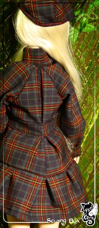 Lysel Katz sewing box > manteau acidulé & flashy p8 - Page 2 LyselSb_camelia-pleatscoat03s